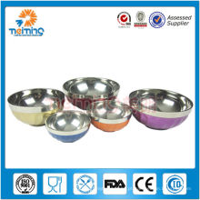 bacia de alimento isolada de aço inoxidável do produto comestível