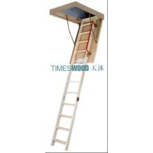 Grand escalier en bois pliant