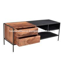 Métal industriel et rangement en bois Table basse