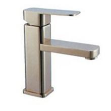 Torneira de água do banheiro escovas sanitárias (1070)