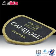 Fer brodé de tissu de vente directe d'usine sur la broderie d'applique de motif de pièce rapportée