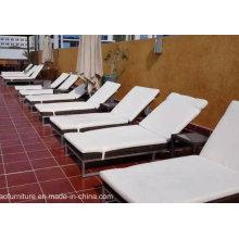 Outdoor Pool Furniture Rattan Sun Loungers