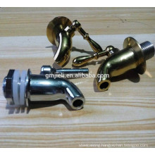 Brass water valve with mirror-polishing process by Machining