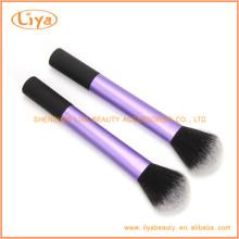Brosse ronde Blush synthétique pour le maquillage