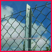 temporary construction chain link fence with posts