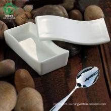 Cuenco de cerámica de los niños rectangulares únicos con el tazón de fuente de la porcelana de la tapa