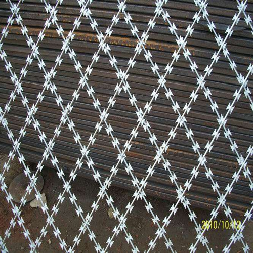 welded razor barb mesh02
