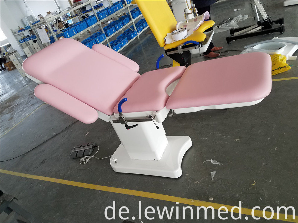 obstetric table (12)