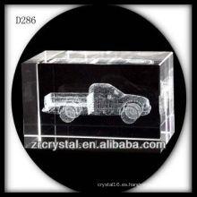 Camión subterráneo láser K9 dentro del bloque de cristal
