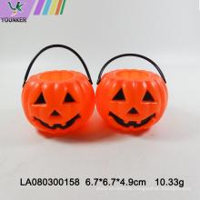 Halloween-Partysüßigkeitskürbisfaß