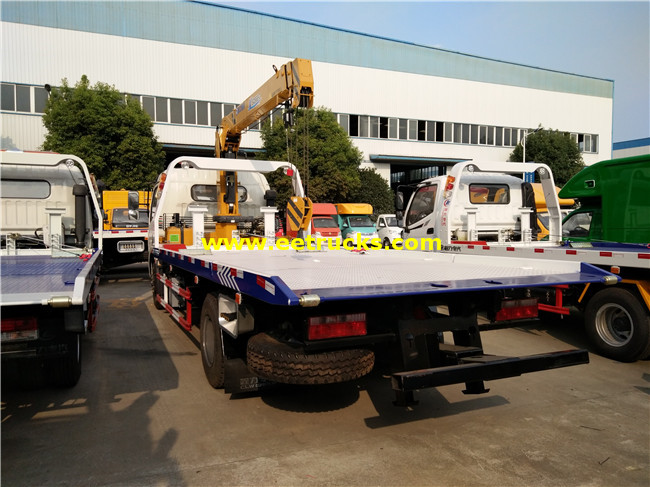 Dongfeng Tow Trucks with Crane