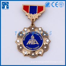 custom medal of honor for club staffs