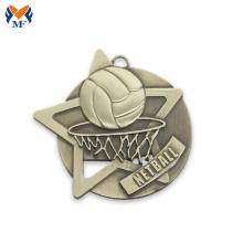 Médaille de prix dans un match de basket-ball sportif