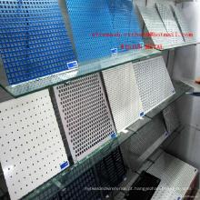 A folha de metal perfurada galvanizada / galvanizou a malha do furo de perfuração / rede de arame perfurada galvanizada