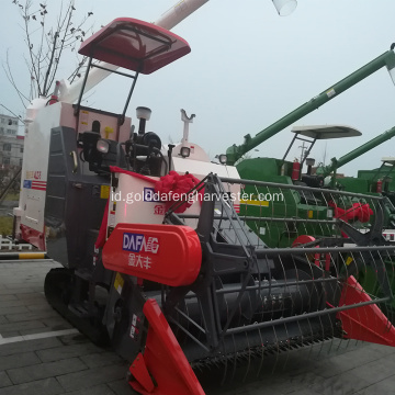 lagi pengirik drum self-propelled rice harvester dengan cab