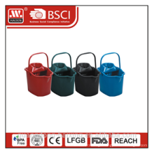 plastic mop bucket w/wheels