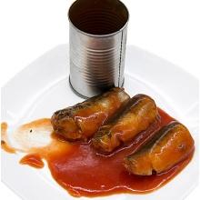 Comida de pescado enlatada Sardina / Atún / Caballa enlatados en tomate