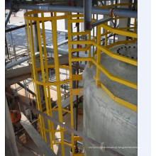 Escadas de segurança GRP com gaiola Sfety