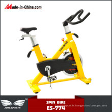 Nouveau vélo de spinning de résistance réglable stationnaire de conception pour la forme physique