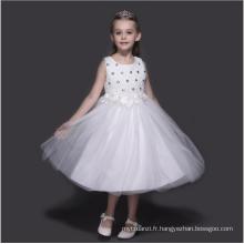 Enfants de mariage fleur filles perles blanc robes enfants nouvel an vêtements prix d'usine en gros 5 pcs dans un lot parti portant