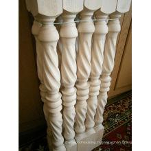 Poteau d'escalier en bois