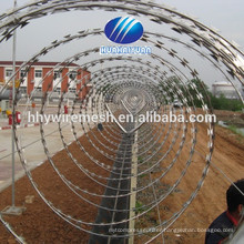 Concertina barbed wire,concertina wire fence (factory)