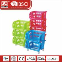 plastic rack w/wheels