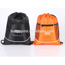 Fourniture de crédit des fabricants, sacs à cordon en polyester, sacs verts, sacs de rangement, assurance qualité en gros