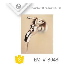 EM-V-B048 New Design cromado latão de polimento bibcock