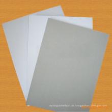 Ein beschichtetes Duplex-Board mit grauer Rückseite / beschichtetes weißes Duplex-Board mit grauer Rückseite / weißem Manila-Board