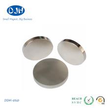 Магнитный дисковый магнит осевого намагничивания неодимового железа