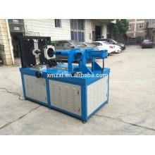 Cotovelo hidráulico automático que faz a máquina