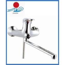 Grifo del fregadero de la cocina de pared en las mercancías sanitarias (zr22203-b)