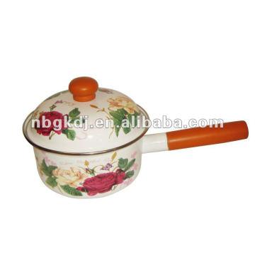 Emaille Kochgeschirr mit Holzgriff und Knopf