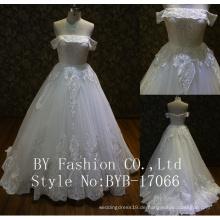 Nigerian Großhandel Qualität bestickt Pailletten Tüll Spitze Stoff kleinen Zug Brautkleid