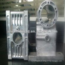 China fabricantes de moldes de fornecimento de peças de automóvel molde de injeção de plástico parte do molde do carro