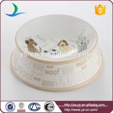 Los diversos tipos lindos de cerámica promocionales al por mayor de perro cuelan el tazón de fuente del perro