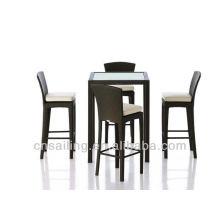 Table et chaise de haute qualité