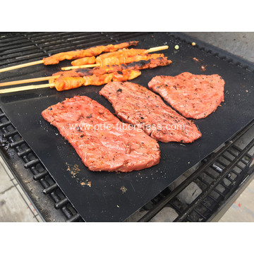 Non-stick and reusable PTFE grill mat