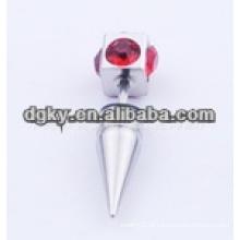 Novo estilo de cristal vermelho pedra diamante cirúrgico orelha de aço piercing