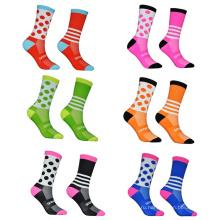 Пользовательский логотип Новейший стиль Красочные Велоспорт Спортивные яркие цветные носки для экипажа на заказ