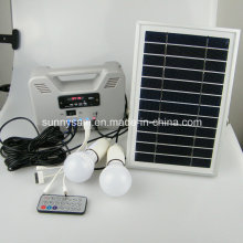 Système d'alimentation solaire portatif intelligent pour l'utilisation d'urgence à l'intérieur de l'intérieur