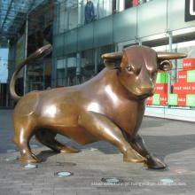 Jardim ao ar livre de metal decoração escultura em touro de bronze