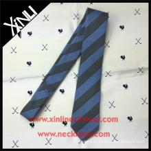 Corbata de lana de seda mezclada a rayas con estilo azul gris de lana para hombres