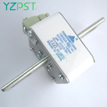 Fast semiconductor fuses 700V