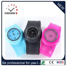 Hot Fashion Digital / Quarz Silikon Armband Slap Uhr (DC-096)