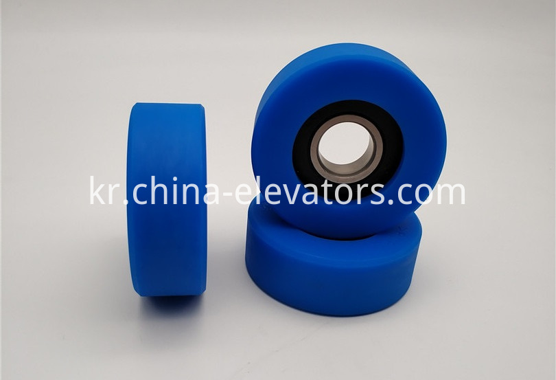 Step Roller for KOYO Escalators 70*25*6204