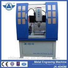 Fresadora de cnc máquina de grabado del metal recubierto con motor servo y del huso de la refrigeración por agua