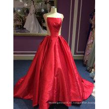 Rojo satinado princesa vestido de novia con delicado trabajo de rebordear