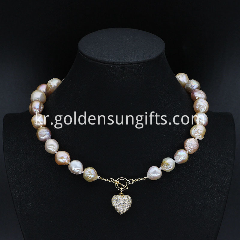 New Design Pearl Necklace